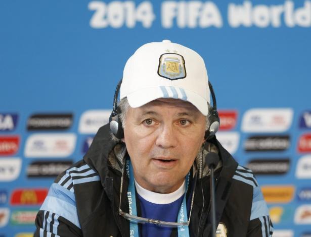 Alejandro Sabella, técnico da Argentina, quer equipe focada para partida contra a Suíça