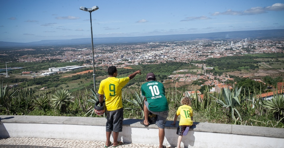 Cenas de Juazeiro do Norte, no Ceará, durante a Copa do Mundo