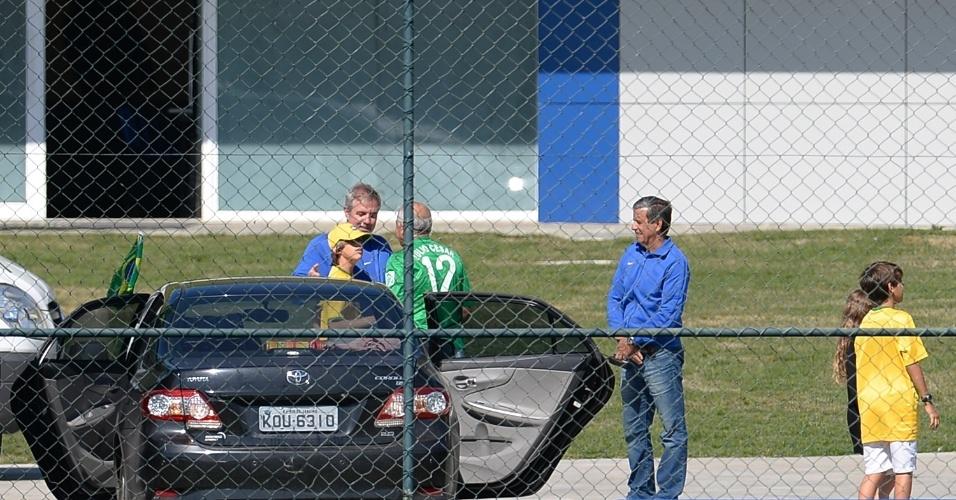 Familiares de jogadores chegam à Granja Comary