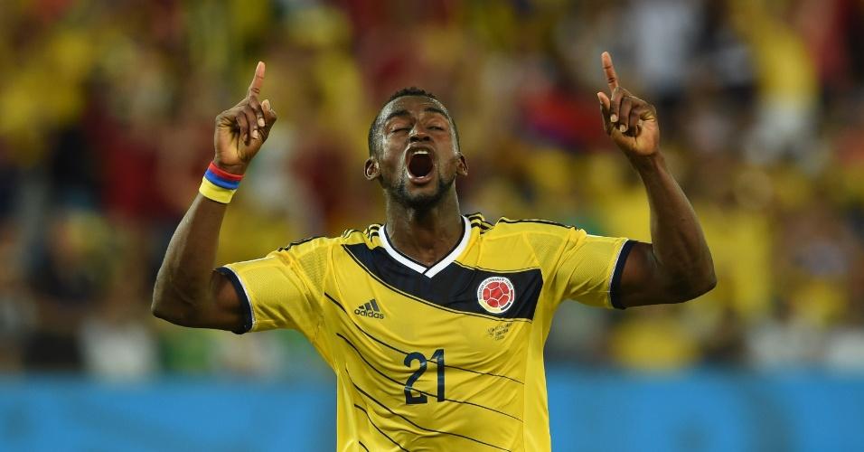 24.jun.2014 - Jackson Martinez comemora o terceiro gol da Colômbia na vitória por 4 a 1 sobre o Japão, na Arena Pantanal