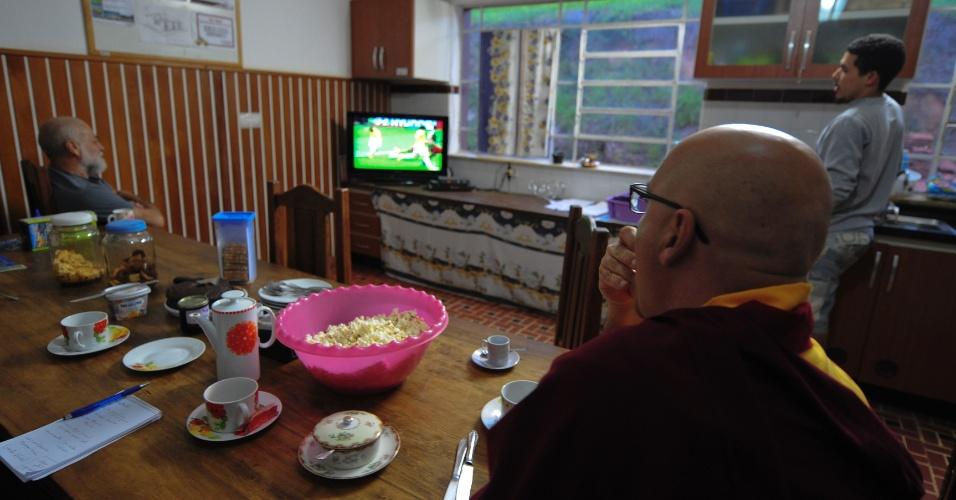 Lama Rinchen sobre o perder e ganhar do esporte: ver o concorrente triunfar deve inspirar regozijo
