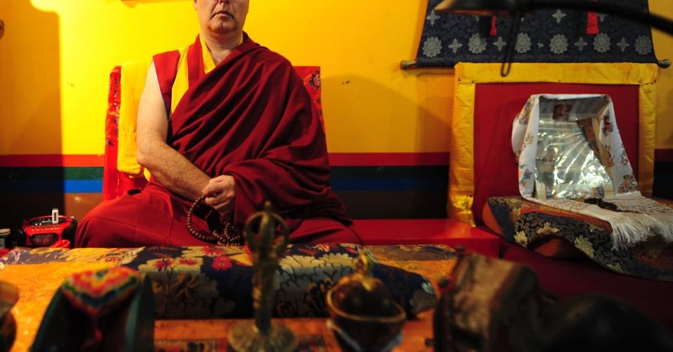 Lama Rinchen Khyenrab é o monge resposável pelo mosteiro em Cabreúva, interior de São Paulo
