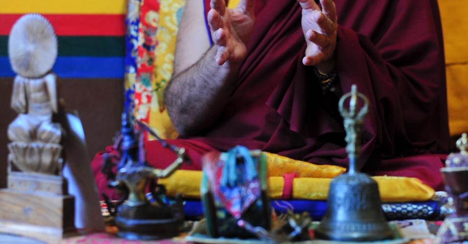 Mosteiro no interior de São Paulo já recebeu sua santidade Sakya Trizin, chefe supremo da escola Sakya do budismo tibetano