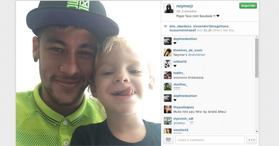 """Neymar posta foto no Instagram ao lado do filho Davi Lucca: """"papai estava com saudade"""""""