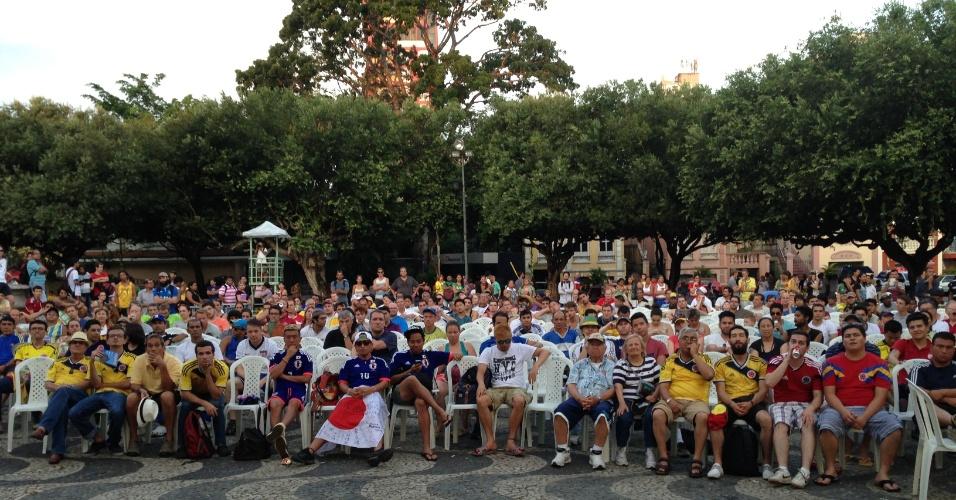 Quando a Copa do Mundo chegou a Manaus, o Largo São Sebastião, a praça mais famosa da capital amazonense, não seria mais do que um ponto de passagens. Mas os turistas desafiaram essa lógica e fizeram do local o centro de Manaus no Mundial