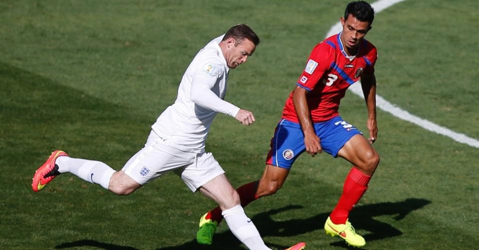 Rooney entrou no segundo tempo, mas o jogo não saiu do zero entre ingleses e costarriquenhos