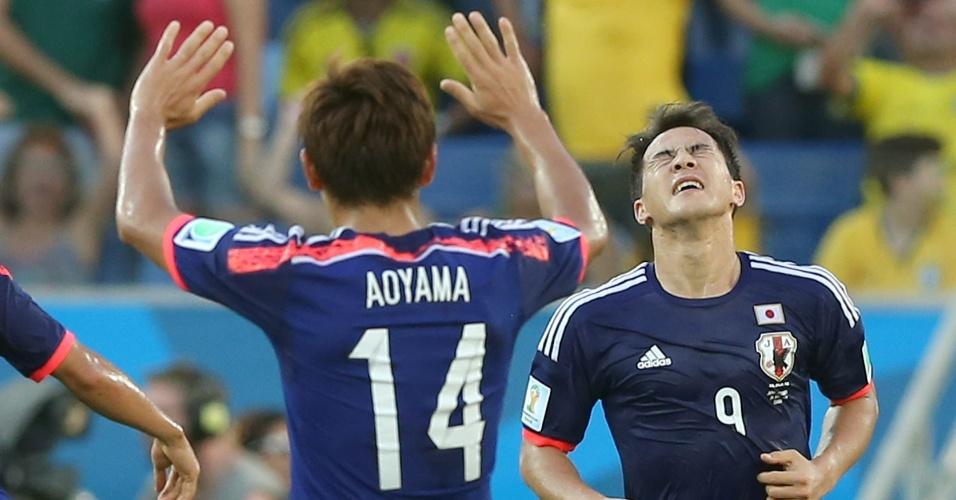24.jun.2014 - Shinji Okazaki (camisa 9 do Japão) comemora após empatar o jogo contra a Colômbia, na Arena Pantanal