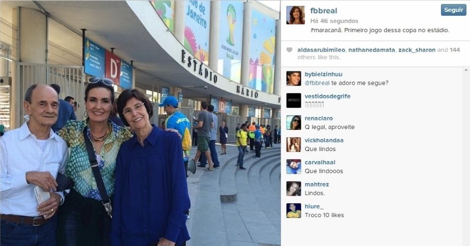 25.jun.2014 - Fátima Bernardes foi ao Maracanã para assistir ao jogo entre Equador e França