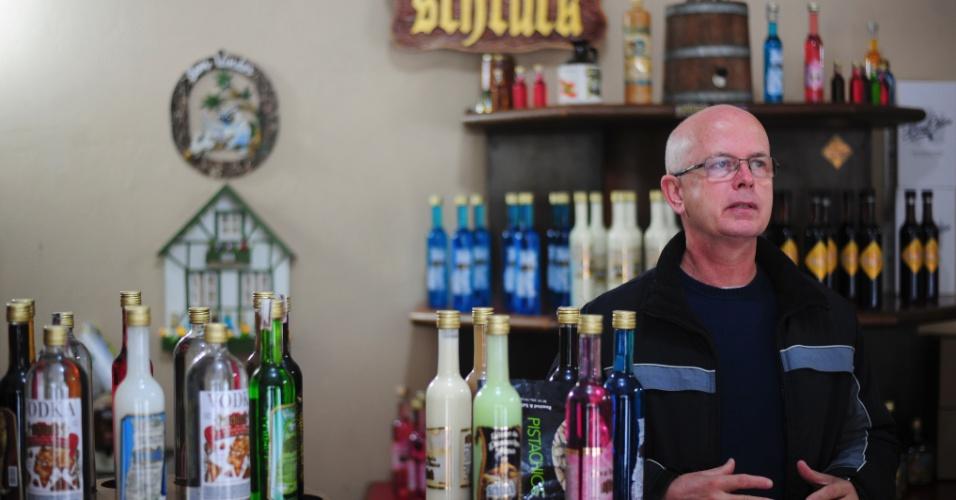 De família alemã, Mario Manzke é um dos raros produtores de licor de cerveja no Brasil