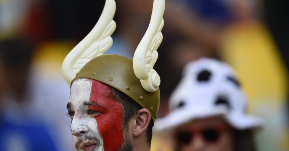 Em todo jogo da França na Copa do Mundo há pelo menos um torcedor usando o chapéu de Asterix
