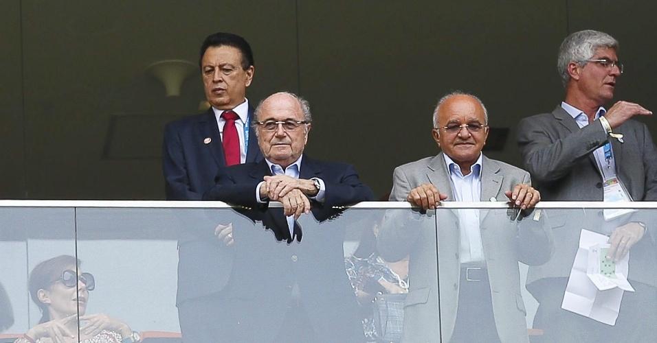 Joseph Blatter, presidente da Fifa, foi até a Arena Amazônia para assistir a partida entre Suiça e Honduras