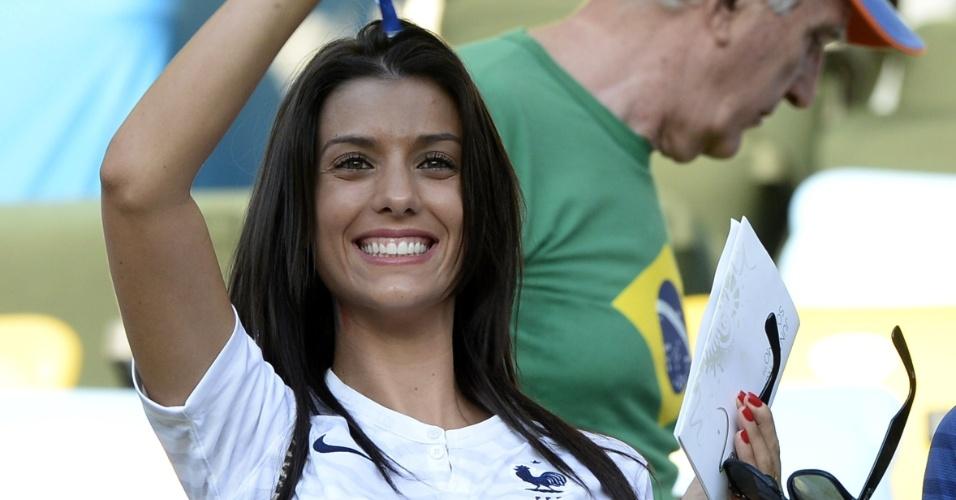 Ludivine Sagna, mulher do jogador francês Sagna, está no Maracanã para o jogo contra Equador