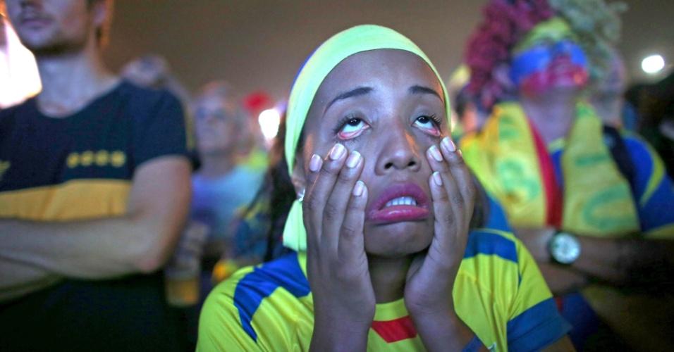 O Equador venceu Honduras no dia 20, mas o jogo não foi nada fácil para essa torcedora em Copacabana