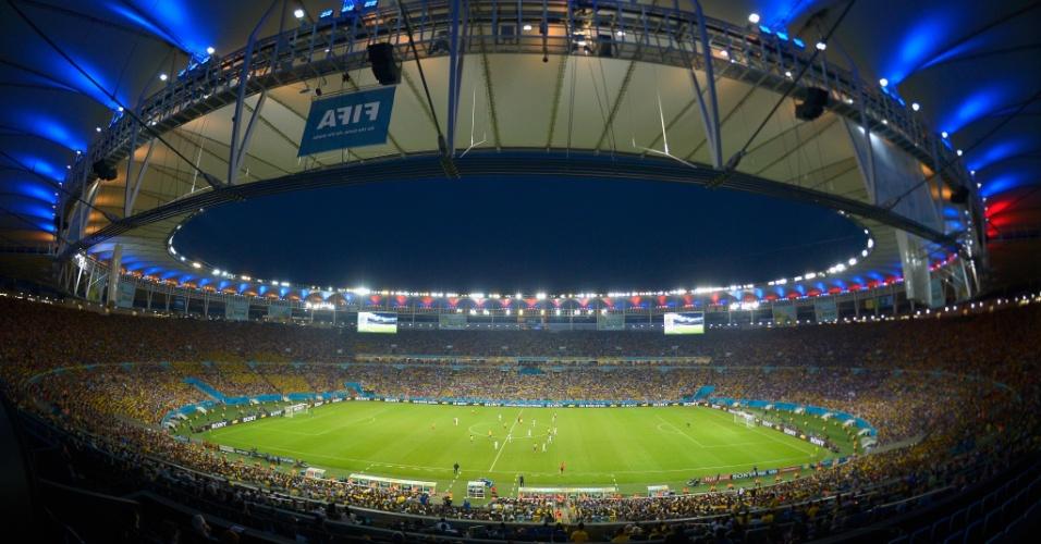 25.jun.2014 - O Maracanã foi o palco do empate por 0 a 0 entre Equador e França. Os sul-americanos estão eliminados, enquanto a França garantiu a primeira posição do grupo E