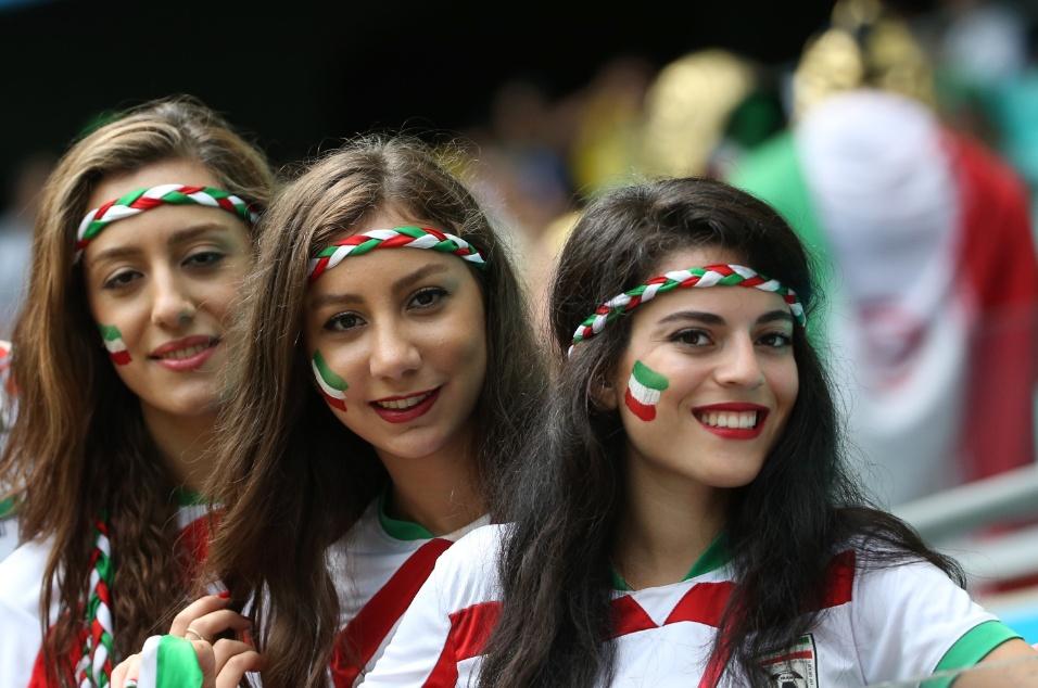 Torcedoras do Irã confiantes na vitória em cima da Bósnia em Salvador