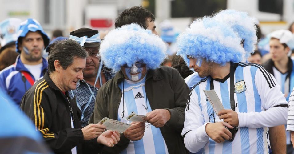 Torcedores da Argentina se preparam para duelo contra a Nigéria em Porto Alegre