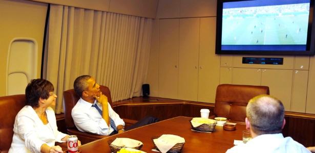 Obama assiste à partida entre EUA e Alemanha nesta quinta-feira a bordo de avião para Minnesota (EUA)