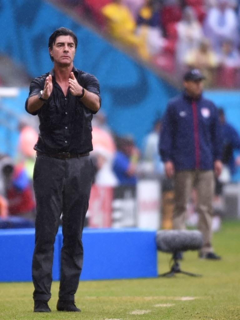 O técnico da Alemanha Joachim Loew na partida contra os Estados Unidos, na Arena Pernambuco