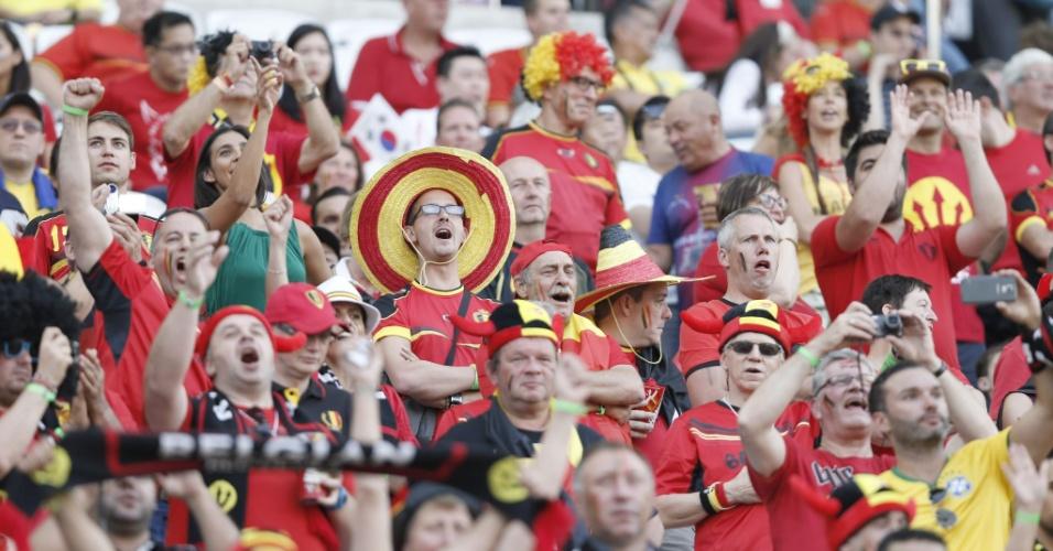Torcedores da Bélgica foram em bom número ao Itaquerão para acompanhar a partida contra a Coreia do Sul