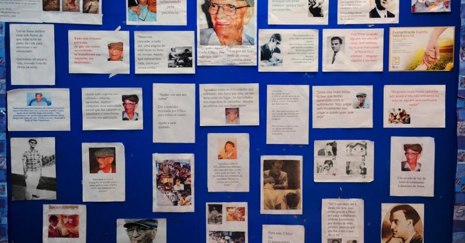 Mensagens psicografadas por Chico Xavier estão expostas no centro que foi usado pelo médium até a década de 70