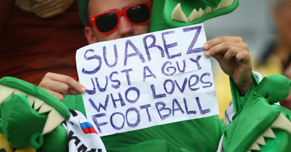 Um recado para Luis Suárez, que foi punido após mordida e está fora da Copa: