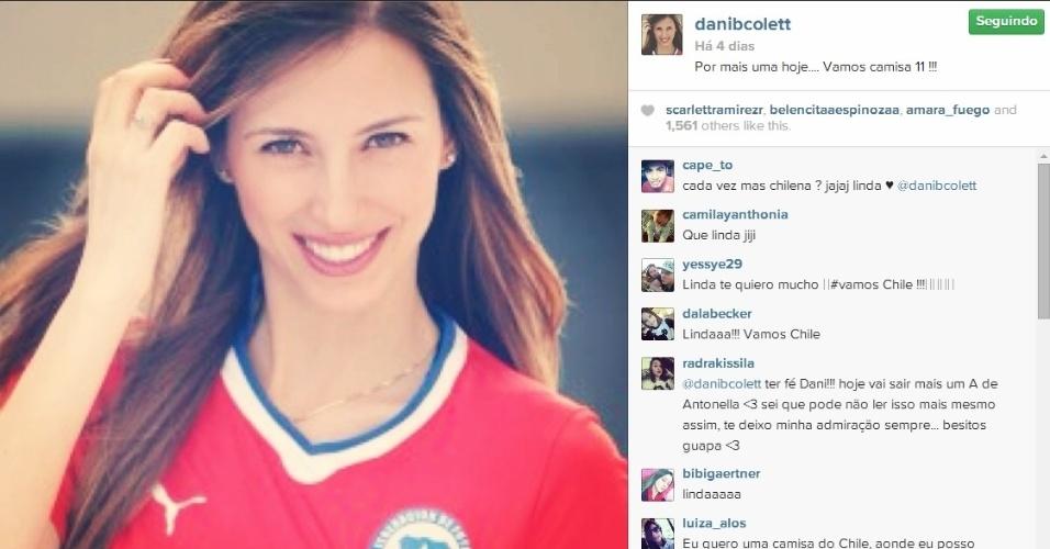 Daniela Colett vestiu as cores do Chile