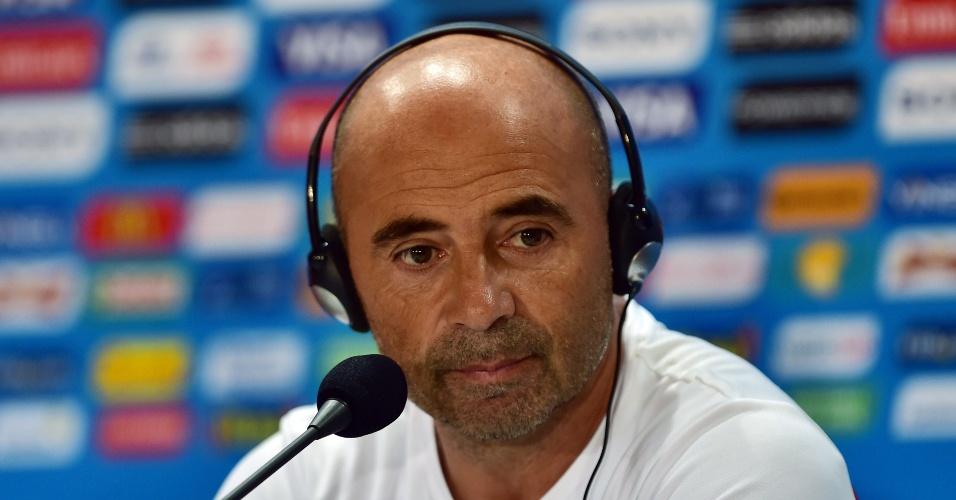Técnico chileno, Jorge Sampaoli, dá coletiva no estádio do Mineirão, onde Brasil enfrenta o Chile neste sábado