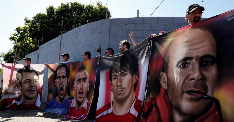 Torcedores chilenos reconhecem ídolos da atual geração da seleção
