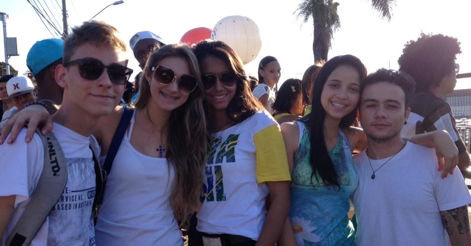 28. jun. 2014 - Torcedores reclamam de organização após ficarem de fora de Fan Fest em Minas e não assistirem ao jogo do Brasil
