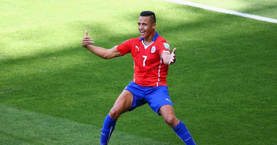 Alexis Sanchez, do Chile, vibra ao empatar para o Chile no primeiro tempo, no Mineirão