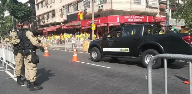 Bares em frente à entrada de imprensa do Maracanã têm segurança reforçado