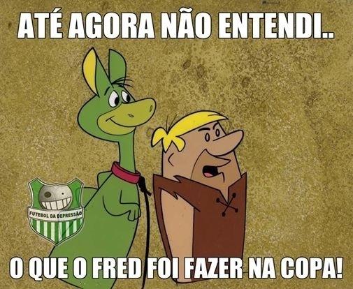 Barney ainda não entendeu o que o Fred está fazendo na Copa
