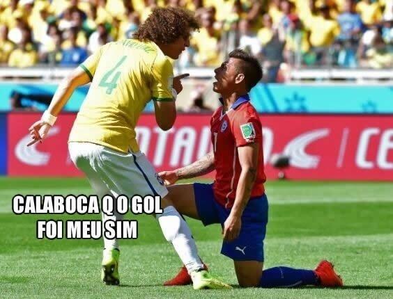 Bronca de David Luiz em rival chileno ganhou versões alternativas