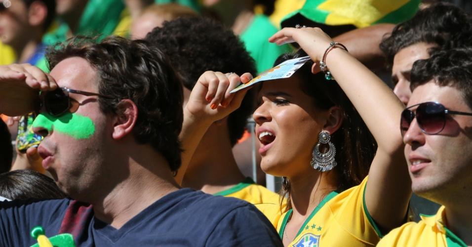 Bruna Marquezine lamenta chance desperdiçada pelo Brasil no jogo contra o Chile