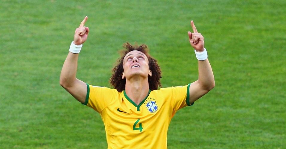 David Luiz também encheu os olhos de lágrimas após converter sua cobrança de pênalti