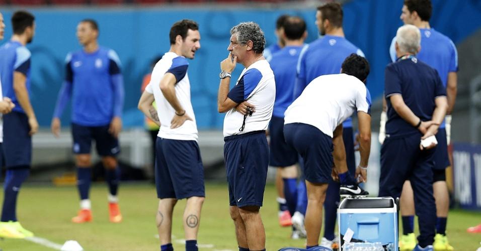 Grécia faz treino de reconhecimento do gramado da Arena Pernambuco, palco de Costa Rica x Grécia, neste domingo