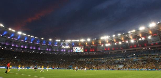 Maracanã ficou lotado durante jogo entre Uruguai e Colômbia, pelas oitavas de final da Copa
