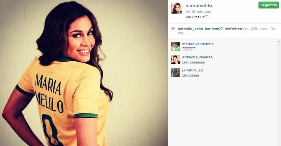 Maria Melilo mostra sua torcida para Brasil x Chile