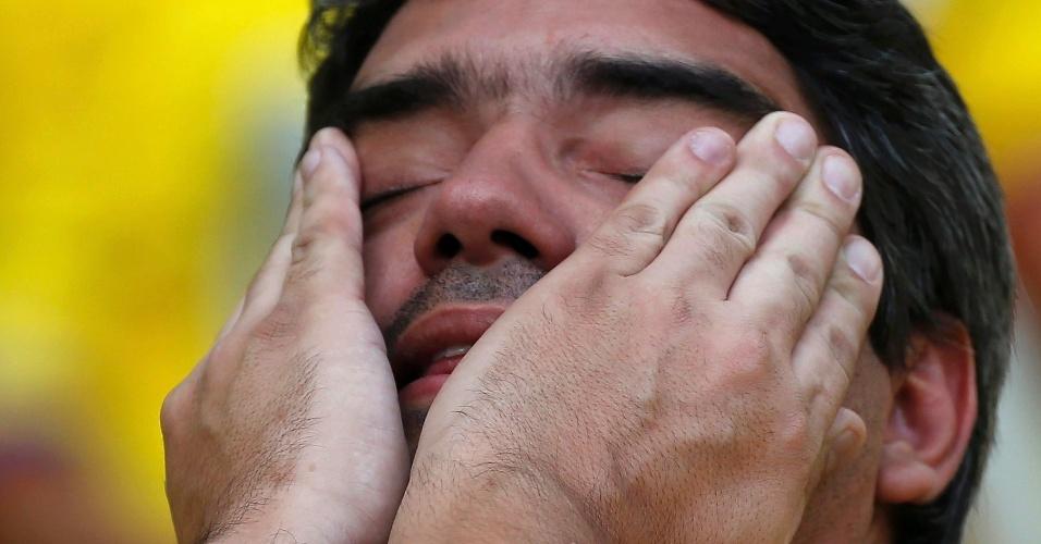 Reação dos torcedores: apreensão no Mineirão