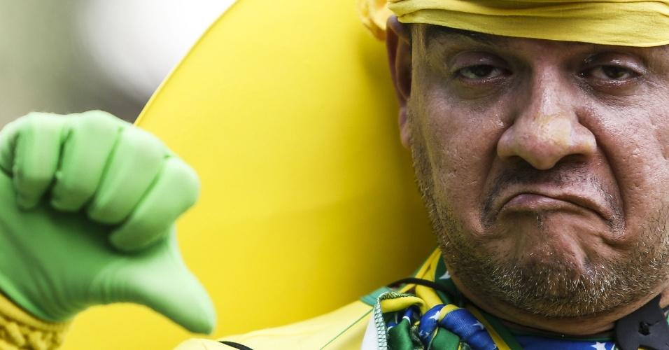 Reação dos torcedores: ele não ficou empolgado (em São Paulo)
