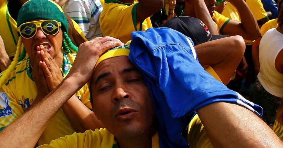 Reação dos torcedores: Em São Paulo, apreensão nos pênaltis