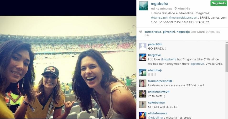 Surfista Maya Gabeira está presente no Mineirão para acompanhar Brasil x Chile