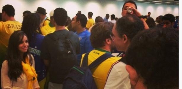 Torcedores sofrem com caos no aeroporto Santos Dumont e devem perder o jogo do Brasil em BH