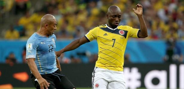 Armero em ação na Copa do Mundo de 2014, contra o Uruguai