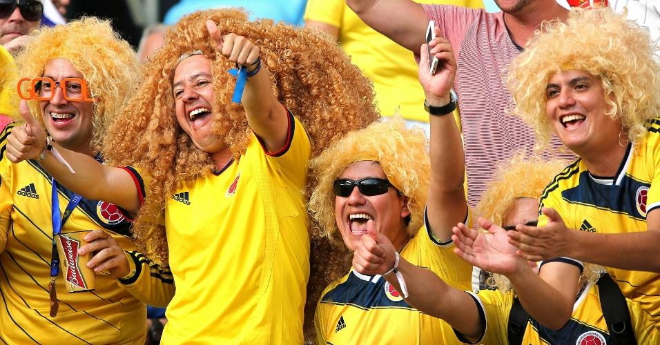 """""""Valderramas"""" reforçam torcida colombiana no Maracanã para duelo contra o Uruguai"""