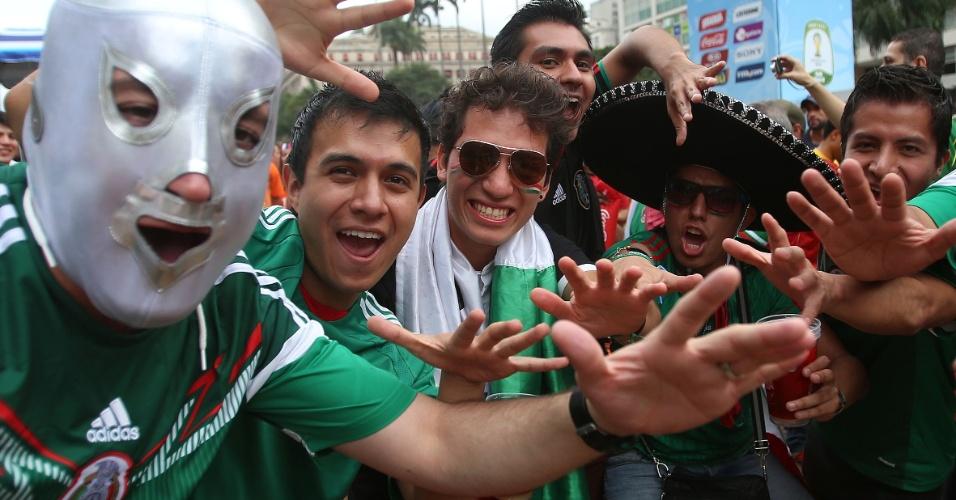 Antes da eliminação para a Holanda, torcedores do México demonstravam confiança na Fan Fest de São Paulo, no Vale do Anhangabaú