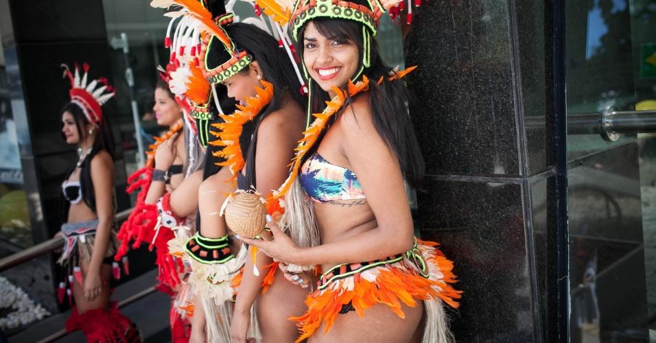 Jessyca Gomes, 21 anos, Rainha do time de Puraquequara, que participa do Peladão. Peladão é um torneio de futebol de várzea que acontece no estado do Amazonas, chegando a ter mais de 1000 times disputando o campeonato. A musa de cada time pode salvar a equipe já eliminada por votação via ligação ou mensagem de celular