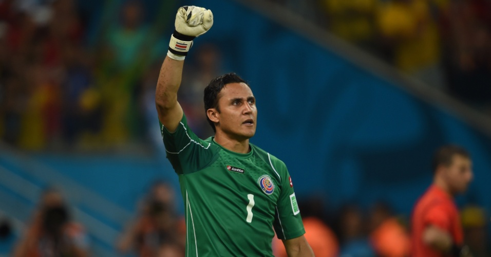 Navas pegou pênalti de Gekas e ajudou a Costa Rica derrotar a Grécia e conseguir a classificação para as quartas de final da Copa do Mundo