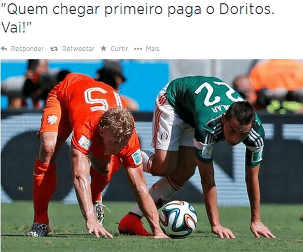 Pose curiosa motivou piadas durante o jogo entre México e Holanda