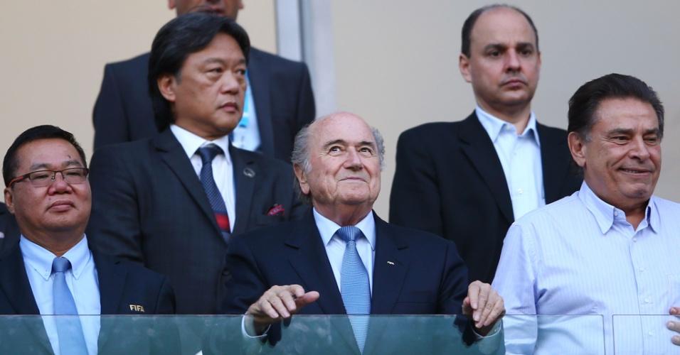 Presidente da Fifa, Joseph Blatter foi até a Arena Pernambuco para acompanhar a partida entre Costa Rica e Grécia